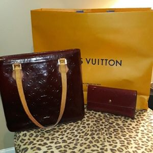 Louis Vuitton Vernis Houston MM Bag with Wallet